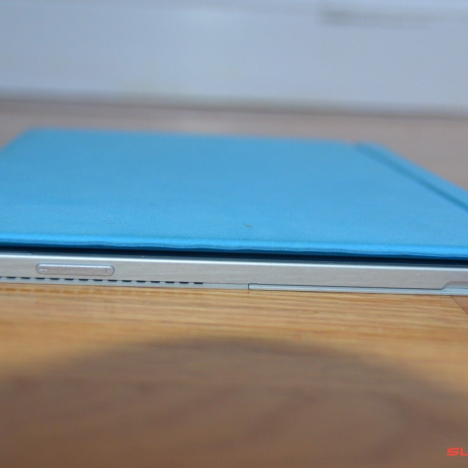 Surface Pro 3 ( i5/8GB/256GB ) + Type Cover 9
