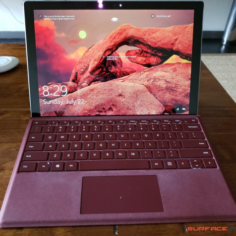 Surface Pro 5 2017 ( i7/8GB/256GB ) + Type Cover 2