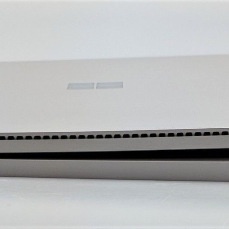 Surface Book ( i5/8GB/128GB ) 6