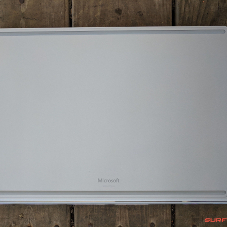 Surface Book ( i7/8GB/256GB ) 5