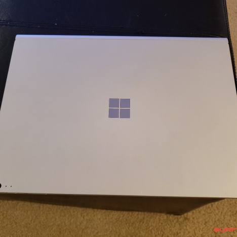 Surface Book 2 ( 13.5 inch ) ( i5/8GB/256GB ) 6