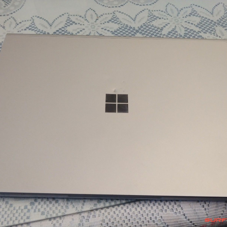 Surface Book 2 ( 15 inch ) ( i7/8GB/128GB ) 3