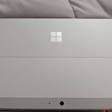 Surface Go (4415Y/8GB/128GB) + Type Cover 2
